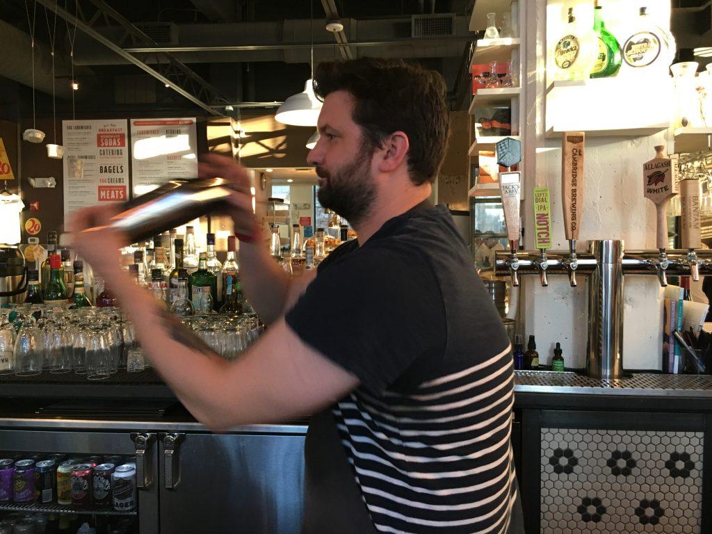 Mamalehs bartender
